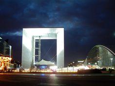 La Grande Arche... Paris