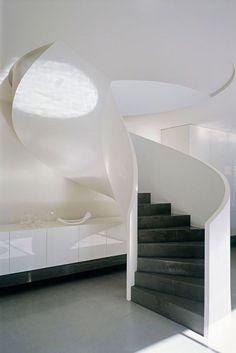 Robert-Mills-Architects-and-Hassell-Interior-Designers-Ross-Street-Residence-yatzer_5khairuddin