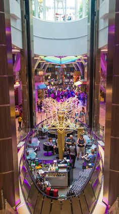 Harmony of the Seas is one of the world's best family cruise ships. It's all new first-at-sea experiences for everyone in the family, plus all the favorites to give your children the best family vacation adventure ever. Best Family Cruise Ships, Best Family Vacations, Cruise Travel, Fun Travel, Cruise Tips Royal Caribbean, Biggest Cruise Ship, Harmony Of The Seas, Wealthy Lifestyle, Yesterday And Today