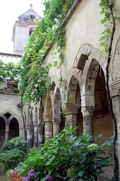 Old courtyard in Sorrento, Province of Naples , Campania region Italy .