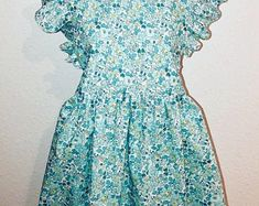 """Liberty of London """" Mitsi Love"""" bowtie/ noeud papillon Peter Pan Collar Blouse, French Classic, Bow, Girls Dresses, Summer Dresses, Liberty Of London, Creations, Floral Prints, Beautiful"""