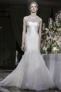 MARIA SOLE wedding dress