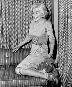Marilyn during a press conference at The Hilton Hotel in Mexico City ;1962