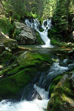 Maria Magdalena Waterfall from Retezat Mountain, Romania Beautiful Waterfalls, Beautiful Landscapes, Beautiful Places To Visit, Wonderful Places, Places To Travel, Places To See, Visit Romania, Turism Romania, Romania Travel