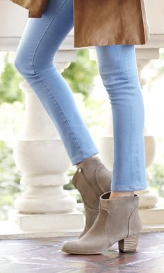 Chic, versatile ankle booties in taupe soft suede. Definitely a year-round closet staple.