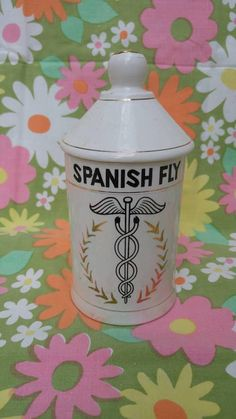 Spanish Fly apothecary jar with lid / made in Japan /