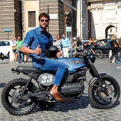 La #23 è e resterà un modello ed una fonte d'ispirazione. Parlano i feedback e le pubblicazioni non io. #Godblessed♠️ #CafeRacerOfInstagram #DGR 2015 Bmw Motorbikes, Bmw Motorcycles, Custom Motorcycles, Custom Bikes, Bike Style, Moto Style, Bobber, K100 Scrambler, Bmw Cafe Racer