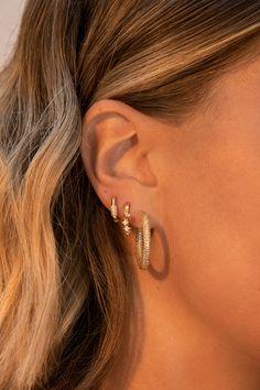 Ear Jewelry, Cute Jewelry, Jewelry Accessories, Fashion Accessories, Chunky Jewelry, Trendy Jewelry, Fashion Jewelry, Bijoux Piercing Septum, Pretty Ear Piercings
