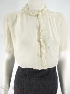 30s/40s Blouse in Cream Rayon - med
