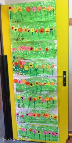 Jardin fleuri - super beau pour décorer la porte de votre salle de classe pour le printemps!