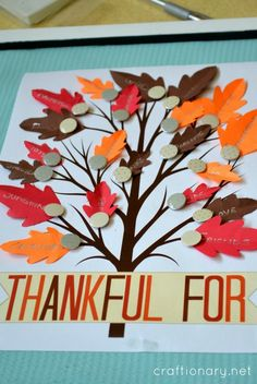 Thankful tree free printable, a thanksgiving craft for family and kids to give thanks. Simply print this free printable thankful tree and write thankful for Holiday Crafts For Kids, Thanksgiving Crafts, Holiday Fun, Thanksgiving 2017, Holiday Ideas, Sunday School Kids, Sunday School Crafts, Craft Activities, Preschool Crafts