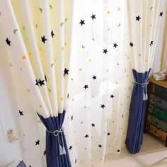 Kids Curtains, Home Curtains, Window Curtains, Bedroom Screens, Window Screens, Curtain Patterns, Curtain Designs, Kids Bedroom, Bedroom Decor