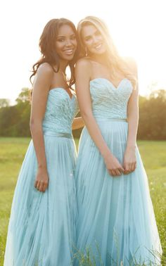2016 Illusion Bateau Neck Lace Bodice Long Chiffon Bridesmaid Dress with Cap Sleeves