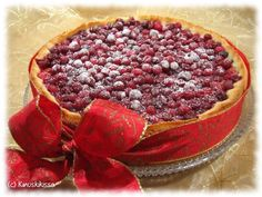 Cranberry pie with toffee made of condensed milk (recipe in finnish)
