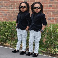 We just love these adorable twin, M & D,  they are definitely going to be some future fashion icons to look out for! They debut a fashion look that does deliver. If their parents coordinate their looks, we still give them 'full credit for wearing the outfit with confidence'....