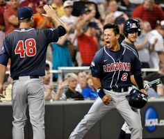 Arizona Wildcats score 3 in ninth, win College World Series title