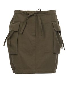 this cargo skirt would be so cool in a flat weave stretch quick dry fabric Cargo skirt by Burda