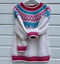 Knitting Ideas, Hand Knitting, Handicraft, Crochet, Red, Sweaters, Pattern, Crafts, Color