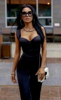 Sexy Outfits, Sexy Dresses, Fashion Dresses, Black Outfits, Fashion Days, Fashion Beauty, Fashion Black, Women's Fashion, Girls With Glasses