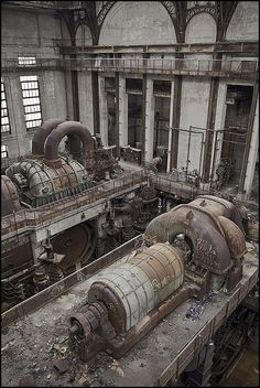 You will ❤ MACHINE Shop Café... Old Frankfurt Power Plant Turbines