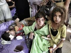 Syrian warplanes have attacked the northern town of Azaz near Aleppo, killing more than 80 people and wounding many more