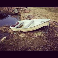 got a small #boat for free, dug a hole in the #garden, filled it with #sand and put a steering wheel on it. #sandpit for the little one is finished!