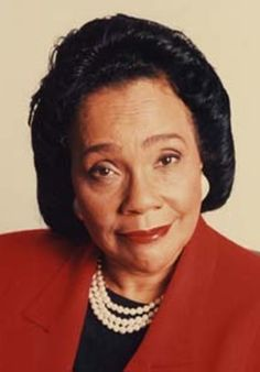 Coretta Scott King is a vegan wife of Martin Luther King Jr. Civil Rights Leaders, Civil Rights Activists, Famous Women, Famous People, Today In Black History, Famous Vegans, Behind Every Great Man, Coretta Scott King, Vintage Black Glamour