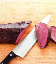 Recipe: Roasted fillet of beef whole Rinderfilet im Ganzen gebraten - Everything About Appetizers Roast Fillet Of Beef, Roast Beef, Barbeque Chicken Recipes, Grilling Recipes, Homemade Bbq, Homemade Pasta, Orange Recipes, Filets, Best Dishes