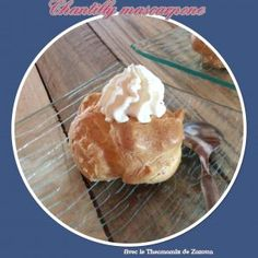Chantilly au mascarpone au   Thermomix Creme Mascarpone, Thermomix Desserts, Camembert Cheese, Dairy, Sweets, Food, Tupperware, Fruit Cobbler, Chantilly Cream