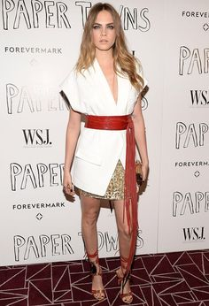 cara-delevigne-paper-towns-red-carped-white-dress