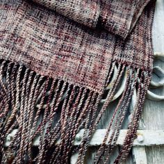 SZÉPIA Plaid Scarf, Crochet Projects, Hand Knitting, Fashion, Moda, Fashion Styles, Fashion Illustrations