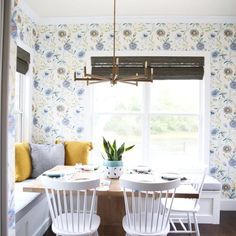 The Handmade Home uses Select Blinds Bamboo shades in this colorful kitchen makeover Kitchen Blinds, Kitchen Nook, Kitchen Dining, Kitchen Decor, Dining Room, Build A Table, Hearth And Home, Upper Cabinets, Blinds For Windows