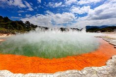 Champagne Pool at Waiotapu Geothermal area. The famous coloured boiling hot spring and mineral silica sintered terrace Wai-o-tapu. Silica-sintered terrace, Rotorua, Rotorua District, Bay of Plenty Region, New Zealand (NZ).