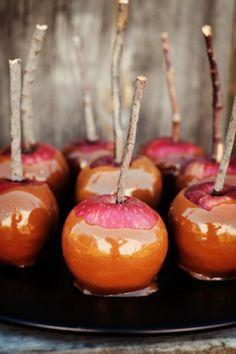 miniature caramelized apples