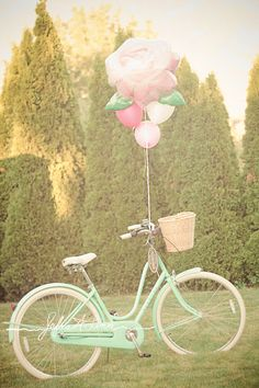 Hey bike, it& almost time for daily rides! Get the air pump set, get your wheels ready you! Awkward: -Long j. Bicycle Party, Bike Photoshoot, Retro Bike, Bike Style, Vintage Bicycles, Birthday Photos, Outdoor Activities, Motorcycle Bike, Beautiful Flowers