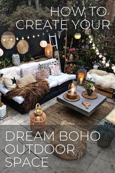 Boho Lounge, Bohemian Patio, Cozy Patio, Rustic Patio, Outdoor Daybed, Outdoor Rooms, Boho Garden Ideas, Small City Garden, Patio Table