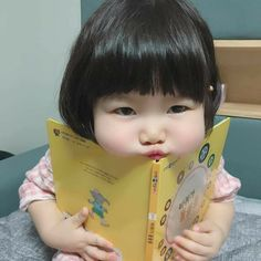 - Best Picture For kids painting For Your Taste You are looking for something, and it is going to t - Cute Baby Meme, Cute Baby Boy, Cute Little Baby, Little Babies, Cute Kids, Baby Kids, Cute Asian Babies, Asian Kids, Cute Babies