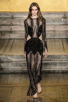Pin for Later: We Can See Gigi Hadid in Almost Every Look From Julien Macdonald's New Collection Julien Macdonald Autumn/Winter 2016