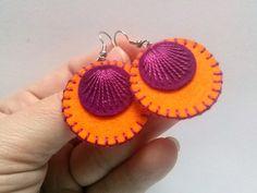 Felt earrings - Orange and Purple medium circle retro dangle wool felt earrings  Listing is for 1 pair of earrings  Handmade from wool felt and cotton...