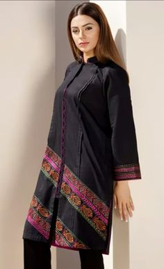 Stylish Dress Book, Stylish Dresses For Girls, Unique Dresses, Simple Dresses, Sleeves Designs For Dresses, Dress Neck Designs, Simple Pakistani Dresses, Pakistani Outfits, Simple Shirts