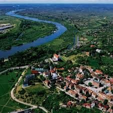 Sandomierz - Poland Central Europe, Old Buildings, Warsaw, Continents, Poland, Places To See, Travel Tips, City, Love