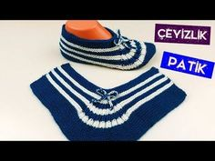 Easy to knit and quite a model with 2 skewers, 10 minutes in a step-by-step construction of the model is again with you. Knitted Baby Clothes, Knitted Bags, Knitting Socks, Baby Knitting, Youtube Design, Crochet Video, Baby Album, Kids Boots, Baby Socks
