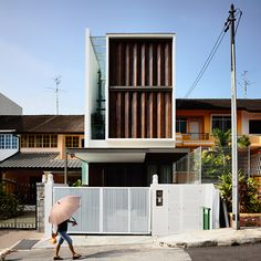 Transformed shophouse in Singapore as Contemporary Home With lattice rotated the wind direction.