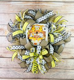 Welcome to Our Hive Wreath Kit