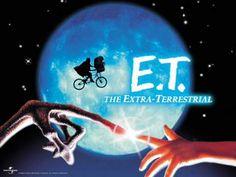 el extraterrestre [Vídeo] = E. The extra-terrestrial / una película de Steven Spielberg ; produced by Steven Spielberg & Kathleen Kennedy ; music by John Williams Films Cinema, Cinema Tv, See Movie, Movie Tv, Movie Theater, Film Mythique, Best Halloween Movies, Bon Film, Extra Terrestrial