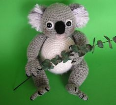 KOALA..one day my brother will have a kid and I will make this for my niece or nephew in honor of his old Koala bear, Kenny.