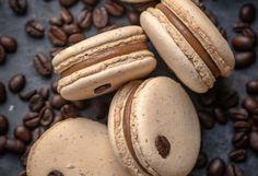 Macarons cu ganache de ciocolată albă și nes