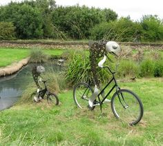 Fish on Bicycles, Image - M J Richardson, Wikimedia commons   at Barnes The WWT London Wetland Centre hosted - Love London Recycled Sculpture Show
