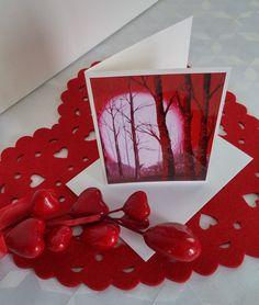 """Format de la carte : 4"""" x 6"""" (10,16 x 15,24 cm), sur carton de type Cool white avec enveloppe blanche.  L'image représente une photo d'une toile réalisée par l'artiste Lucy Patoine. Inscrivez votre propre message. Pour vous inspirer, nous vous invitons à télécharger des textes sur le thème de l'amour pour la St-Valentin. Vous retrouvez """"Les carnets de Madame Paraci"""" sur notre boutique en ligne www.conceptionidecrea dans la section """"St-Valentin"""" Inspirer, Messages, Madame, Boutique, Etsy, Red Tree, Pretty Cards, Notebooks, Texts"""