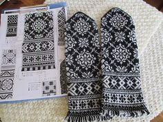 Ravelry: BUHIBUHI's Latvian mittens#6